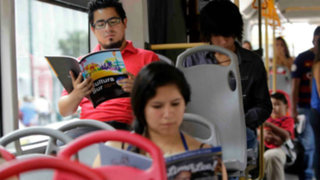 Metropolitano: lanzan programa gratuito de lectura para pasajeros