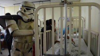 Fans vestidos de personajes de Star Wars llevan ayuda a hospital de Filipinas
