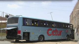 Chilca: bus interprovincial se empotra contra vivienda