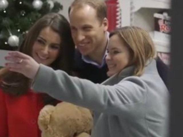 Londres: dobles de los duques de Cambridge sorprenden al público
