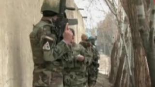Afganistán: hombres armados atacan consulado de India