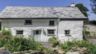 FOTOS: parece una antigua y rústica casa pero no te imaginas lo que hay dentro de ella