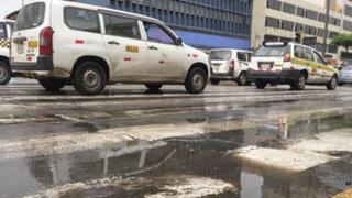 Llovizna en Lima: dos accidentes se registraron por pistas mojadas