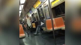 VIDEO: encontró a un mendigo con el torso desnudo en el metro y así reaccionó al verlo