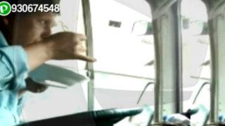 WhatsApp: chofer almuerza mientras conduce bus de transporte público