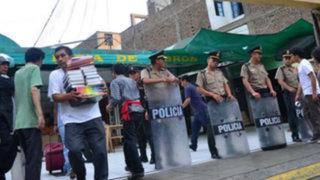 Jirón Quilca: desalojan a libreros de la Asociación Boulevard de la Cultura