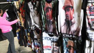 ¿De villano a héroe? venden polos, gorras y DVD´s de 'El Chapo' Guzmán