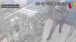 Delincuentes armados asaltan botica en el Callao