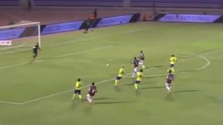"VIDEO: portero del fútbol árabe cometió el ""blooper"" del mes"