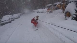 VIDEO: desafía a la tormenta 'Jonas' y practica snowboard en calles de Nueva York