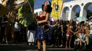 Brasil: protestas en celebraciones previas al Carnaval de Río