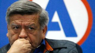 Fiscalía denunció penalmente a César Acuña por plagio de libro 'Política Educativa'