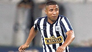 Josimar Atoche tiró la camiseta de Alianza Lima y Roberto Mosquera reaccionó así