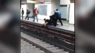 VIDEO: sujeto intentó suicidarse lanzándose a las vías del metro