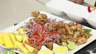 Prepara una jalea con chicharrón de calamar con esta fácil receta