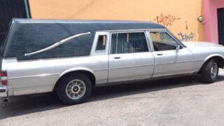 Ladrones sin límites: se llevan carroza fúnebre con cadáver en el interior