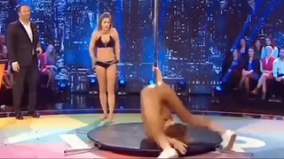 Miss Francia pasó bochornoso momento tras protagonizar 'pole dance'
