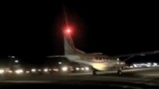 Pucallpa: mototaxistas iluminaron aeródromo para que avioneta pueda despegar con pacientes