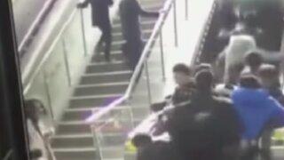 China: decenas de personas resultaron heridas en escalera eléctrica
