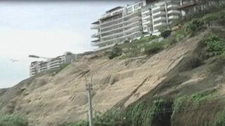 Indeci advierte que derrumbes en acantilado de la Costa Verde de Magdalena continuarán