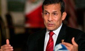 Presidente Humala condecoró a hermanos Castro en su visita a Cuba