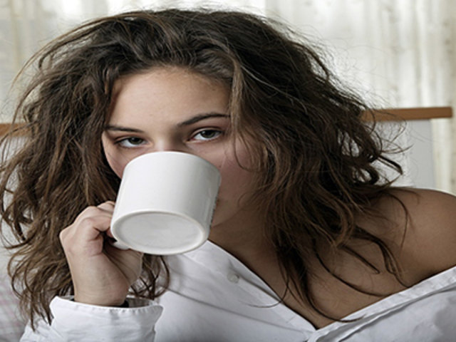FOTOS: 8 remedios extraños para eliminar la resaca que no te atreverás a probar