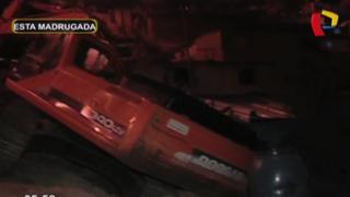 Familia salva de morir al caer retroexcavadora sobre su casa en SJM