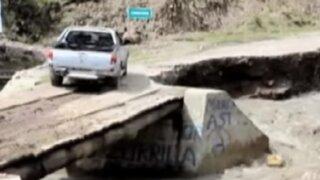 Huari: río se llevó viviendas y dejó puente a punto de colapsar