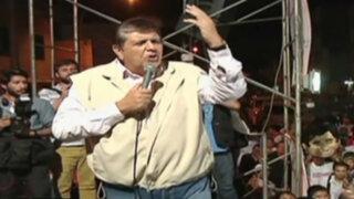 Alan García pide a Verónika Mendoza someterse a pericia grafotécnica