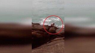 Ola gigante hizo desaparecer a un bañista en Brasil