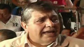 Alan García arremete contra encuestadoras