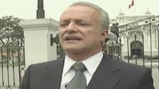 Nano Guerra García protesta frente al Congreso