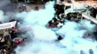 Turquía: enfrentamientos por intervención de principal diario opositor
