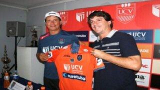 Ángel Comizzo fue presentado como el nuevo técnico de César Vallejo