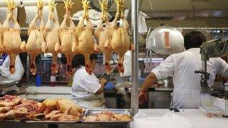 Precio del pollo se incrementó en mercados de Lima