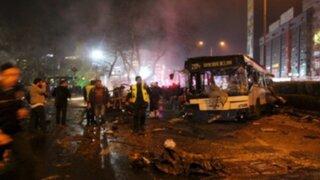 Turquía: atentado con coche bomba deja al menos 34 muertos en Ankara