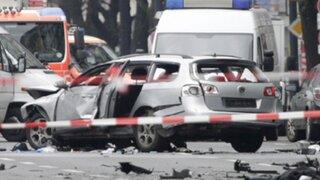 Berlín: explosión de auto en plena vía deja un muerto