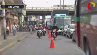 Congestión vehicular en av. Universitaria por obras en puente Bella Unión
