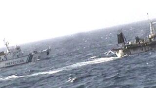 Guardacostas argentinos hunden barco chino que pescaba ilegalmente en sus aguas