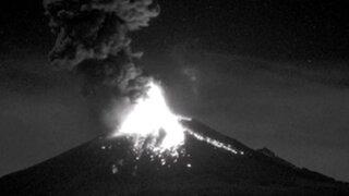 México: registran impactante explosión de volcán Popocatépetl