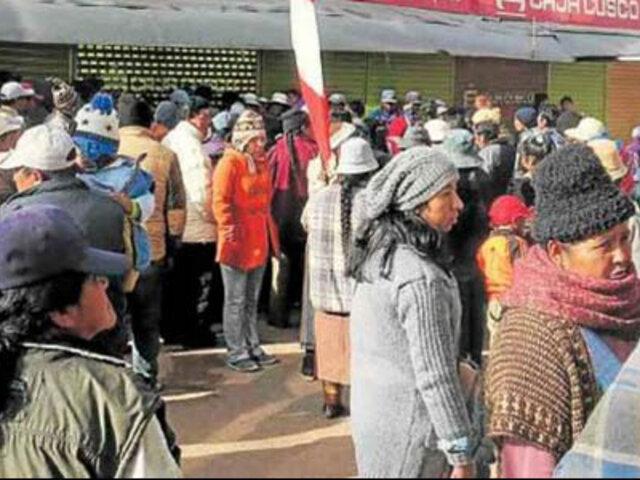 Caos y descontrol durante desalojo de vendedores en Juliaca