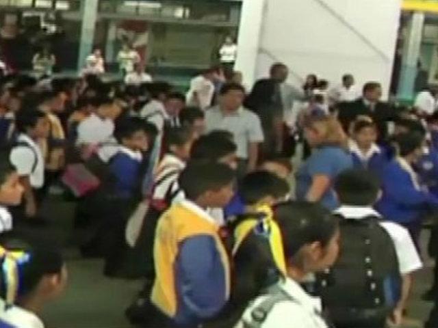 Surco: denuncian que niños fueron expulsados de colegio inicial