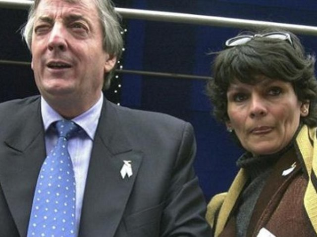 Argentina: ex secretaria de Néstor Kirchner asegura que fue su amante durante 10 años