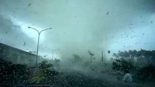 Fuertes vientos destrozan viviendas en China