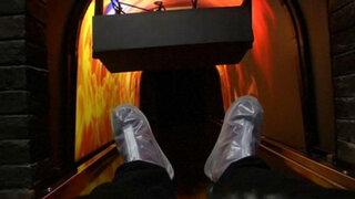 Insólito: chinos prueban simulador de muerte en crematorio virtual por $68