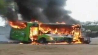 Piura: anciano muere tras ser arrollado por un bus en llamas