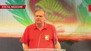 Alfredo Barnechea arremete contra Keiko y PPK en cierre de campaña