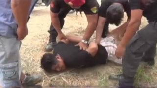 """Captan a policía """"sembrando"""" granada de guerra a detenido"""