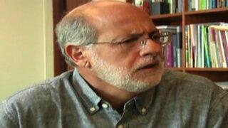 Daniel Abugattás advierte que Jorge Paredes Terry podría estar con grupos radicales