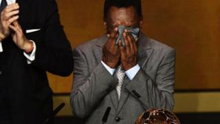 Brasileño Pelé acusa error médico en operación del 2012